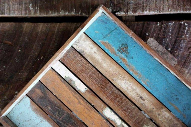 How To Stain Wood – The Ultimate Guide For Upcycling and Pallet Projects